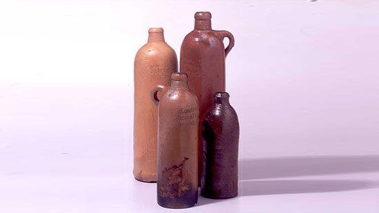 Steinzeugflaschen | Kondrauer Mineral- und Heilbrunnen