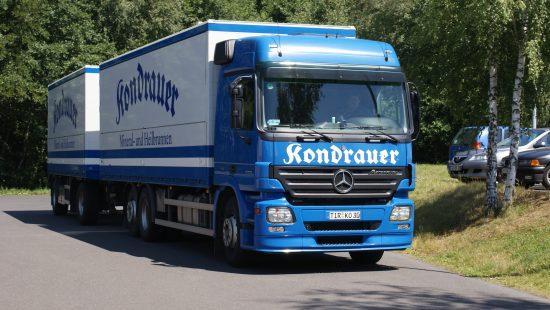 LKW der Kondrauer Mineral- und Heilbrunnen GmbH & Co. KG