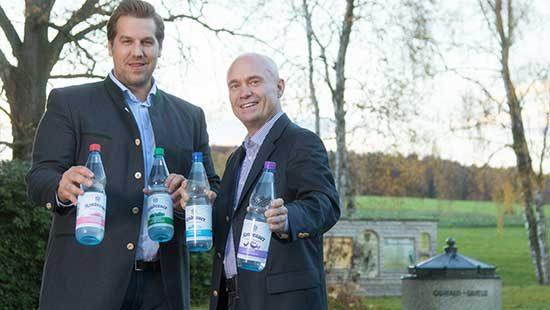 Wassersommeliers und Geschäftsführer Jonas Seidl und Ralf Brodnicki | Kondrauer Mineral- und Heilbrunnen