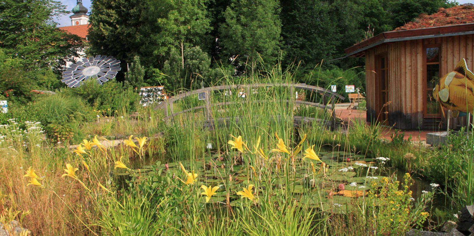 Garten des Kultur und Begegnungszentrums Abtei Waldsassen | Kondrauer Mineral- und Heilbrunnen